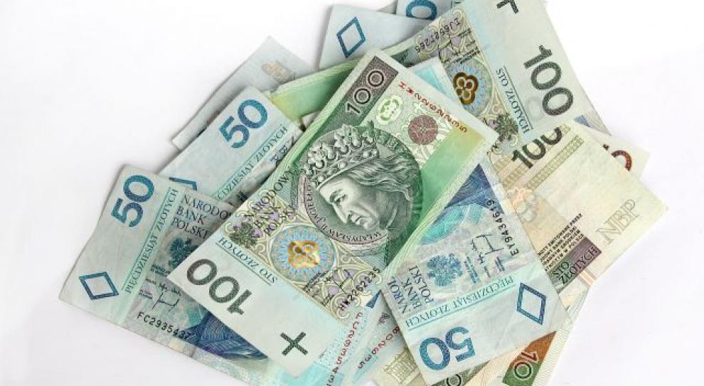 GUS: w 2014 roku wynagrodzenia wzrosły o 3,4 proc.
