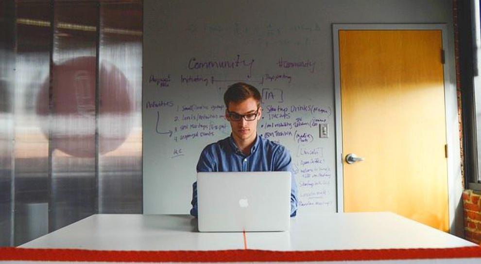 77 proc. młodych Polaków uważa, że przedsiębiorczości można się nauczyć