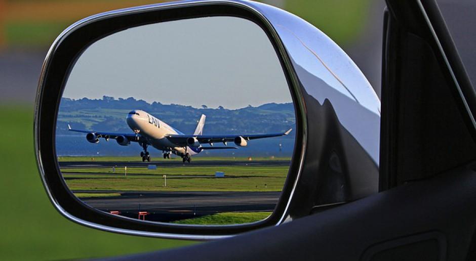 W podróż służbową samolotem