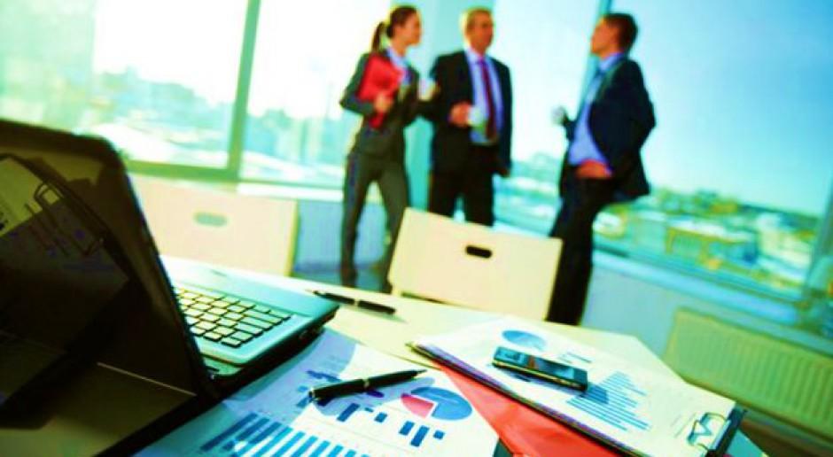 Zmiany w kodeksie pracy hamują wzrost zatrudnienia w małych firmach