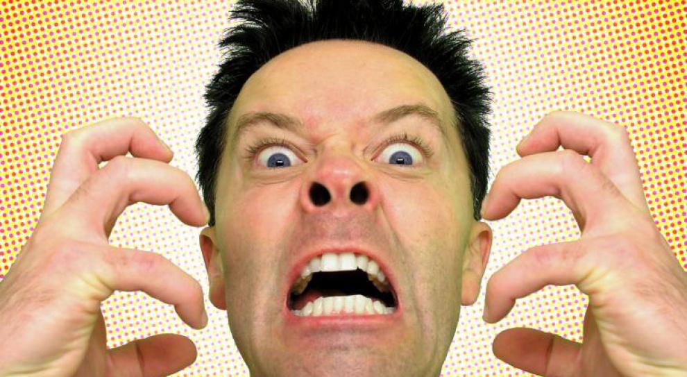 """Stres wymusza żołnierski język w pracy. W mediach """"ku**y"""" lecą na okrągło"""