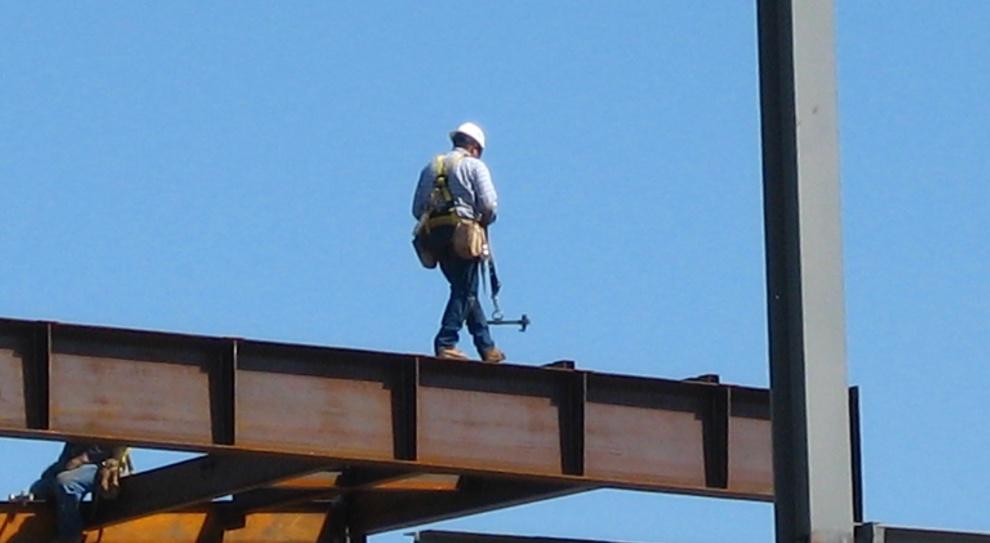 Co czwarty budowlaniec wyciąga co najmniej 6,5 tys. zł miesięcznie
