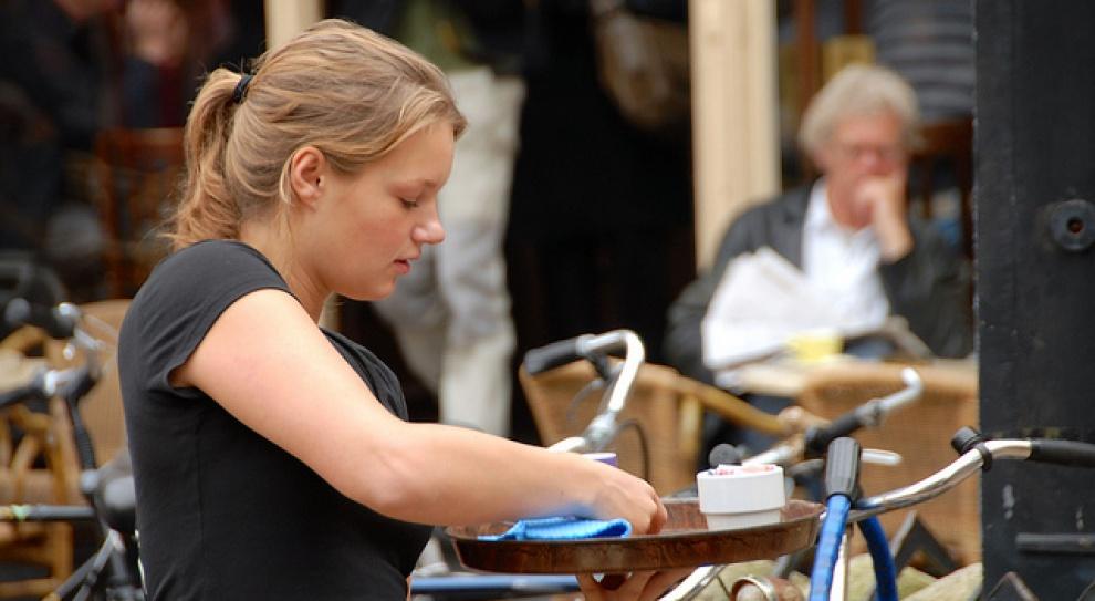 Kolejne badania dowodzą, że kobiety zarabiają mniej. Średnio o 18 proc.