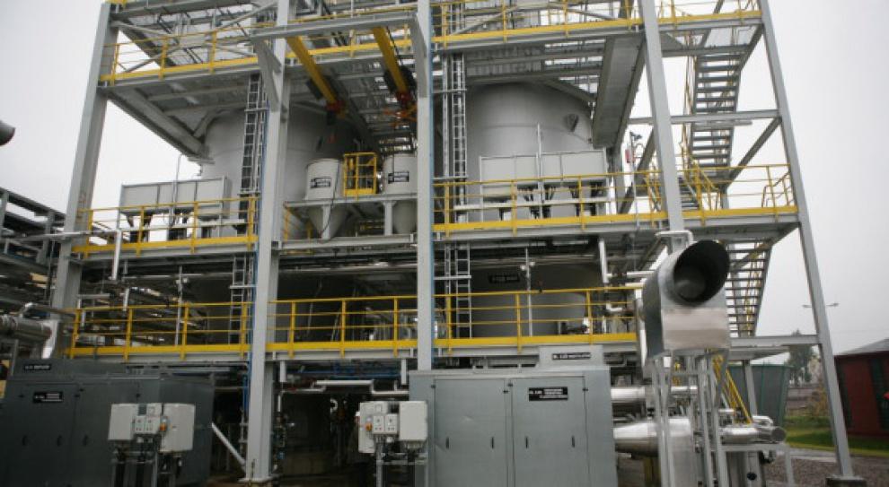 PKN Orlen: Działy produkcji przechodzą na 12-godzinny system pracy