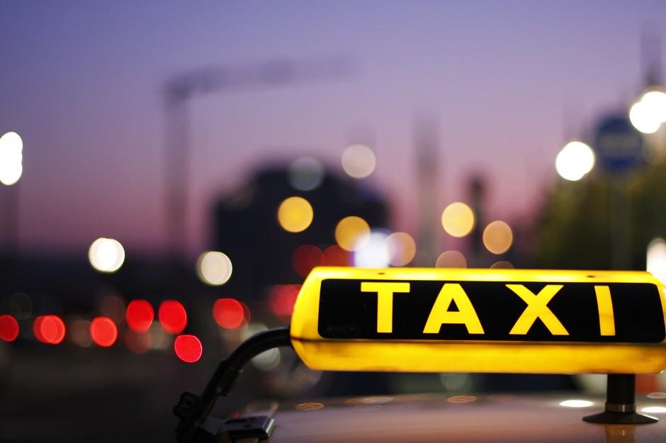 Niemieccy taksówkarze mają powód do radości. Sąd zakazał firmie Uber działalności