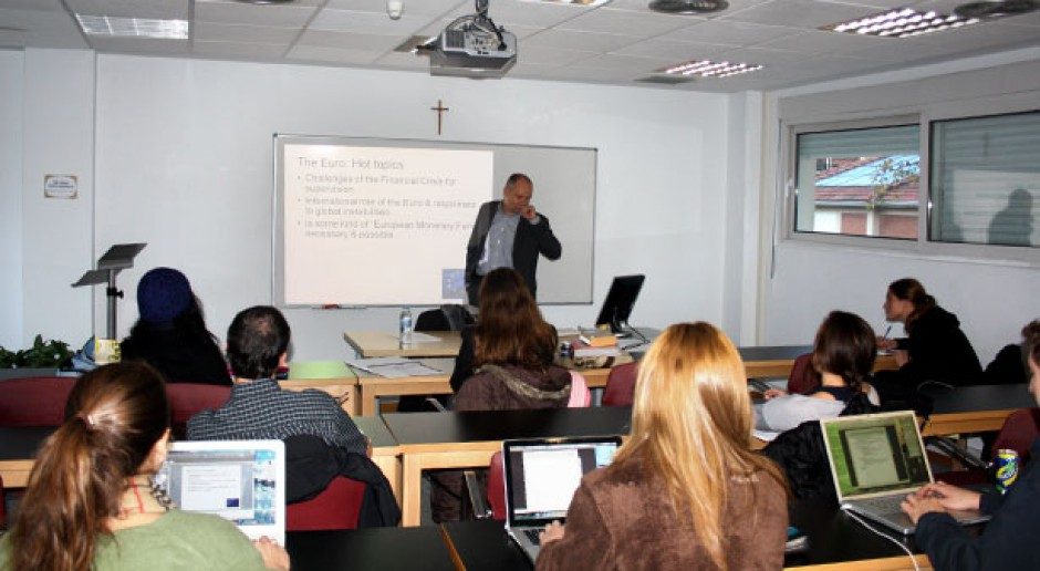 Uelastycznienie przepisów pomogłoby współpracy uczelni z firmami