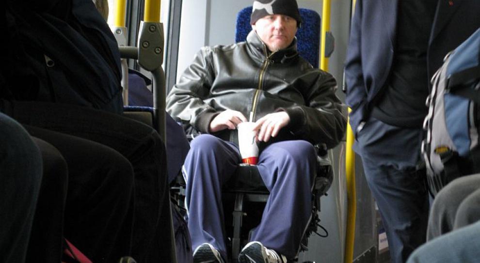 PFRON chce przekazać środki na asystenta osoby z niepełnosprawnością
