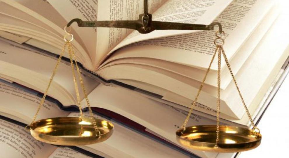 Prawne skutki przyczynienia się pracownika do powstania szkody w zakresie prawa do świadczeń cywilnoprawnych z tytułu chorób zawodowych