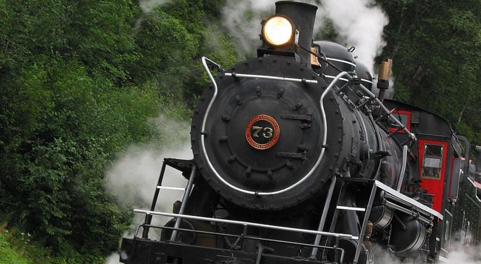 Ilu maszynistów powinno prowadzić pociąg?
