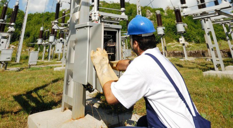 PGE, Tauron, Enea, Energa i ZE PAK w 2014 r. zredukowały zatrudnienie o 3,6 tys. osób