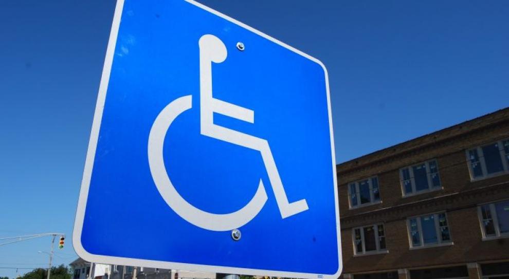 Tysiące niepełnosprawnych może stracić pracę przez nowelizację