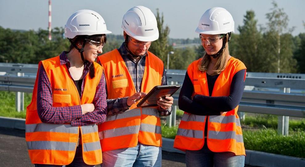 Skanska chce zatrudnić 180 studentów przeszkolonych w ramach Programu Praktyk Letnich