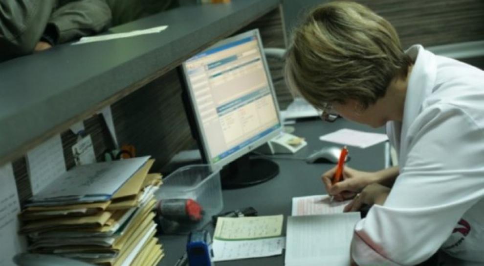 Sekretarka lekiem na biurokrację w podmiotach medycznych