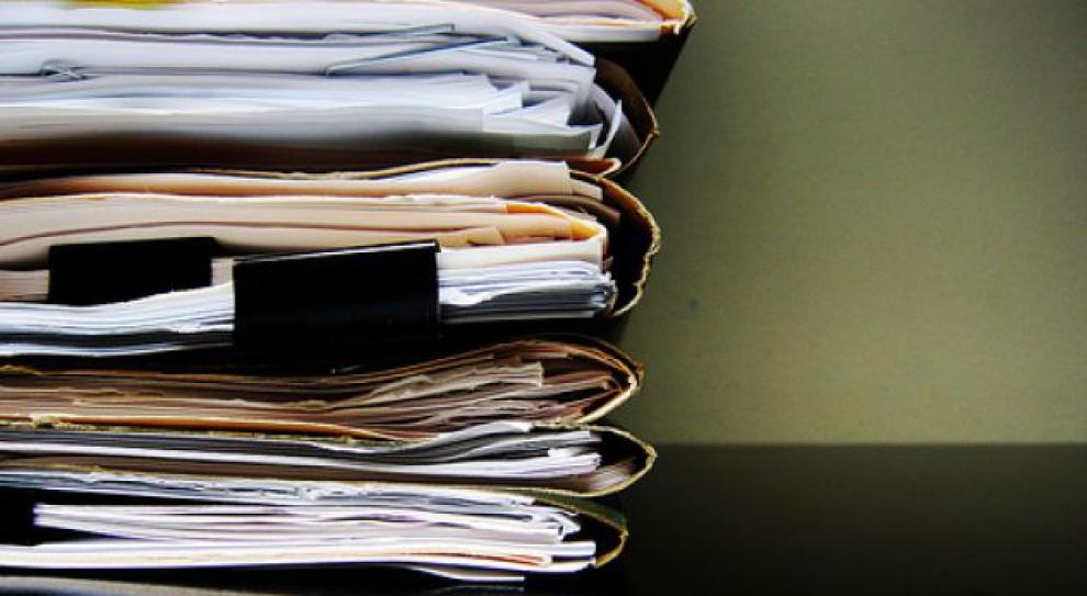 Długa lista zastrzeżeń do polskich urzędów