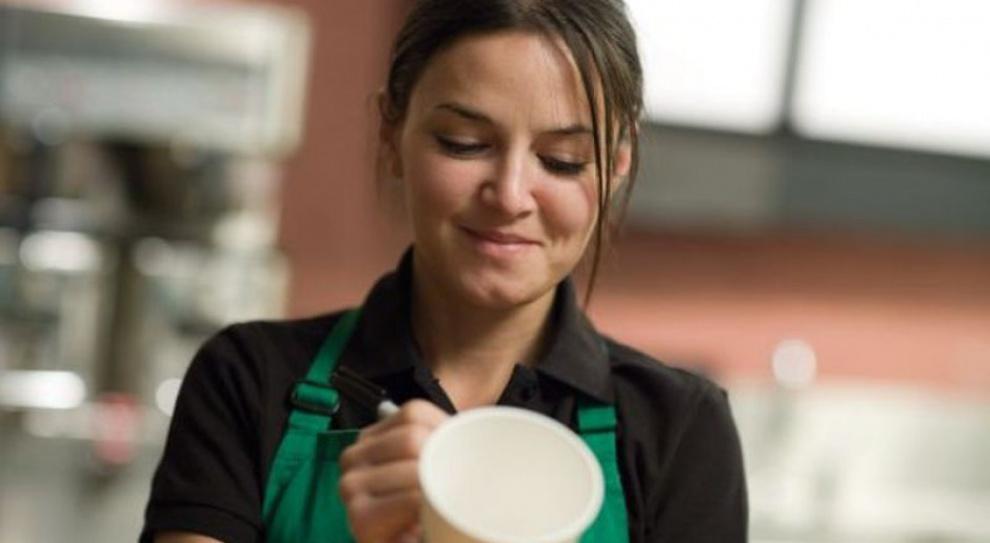 140 tys. pracowników Starbucksa może liczyć na darmowe studia. Firma stawia