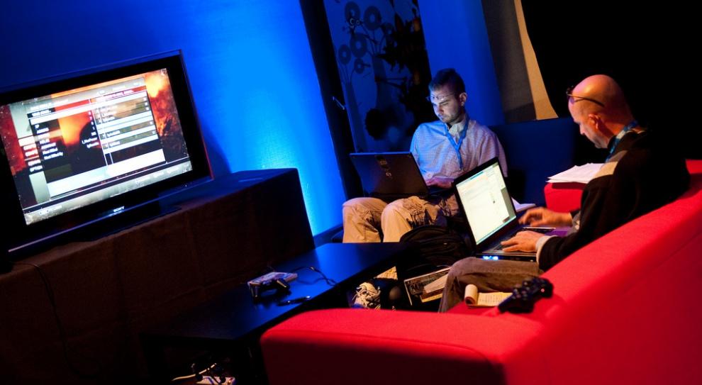 Tester gier, fundriser, menadżer social media - nowe zawody kuszą wysokimi wynagrodzeniami