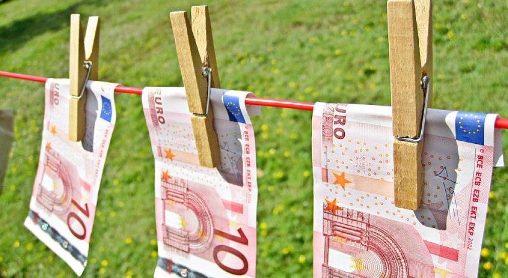 Ograniczenie transakcji gotówką: Zlikwiduje szarą strefę czy utrudni życie firmom?
