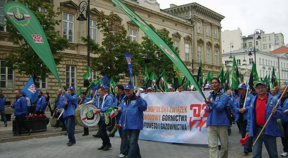 OPZZ, manifestacja, Warszawa: Demonstruje ok. 30 tys. osób