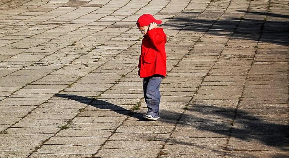 Polskim emigrantom odbiera się dzieci. Dlaczego?