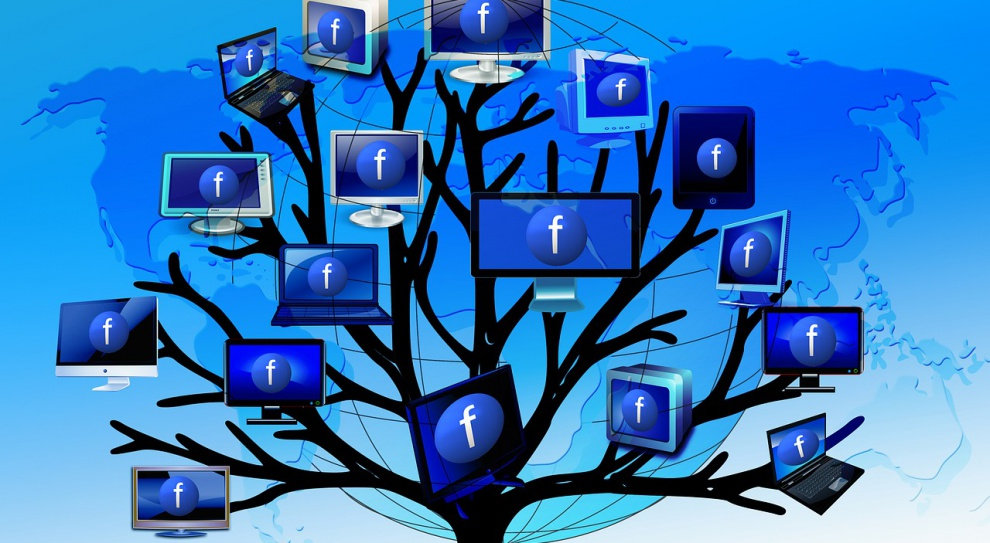Facebook pomoże małym firmom w promowaniu działalności na portalu społecznościowym