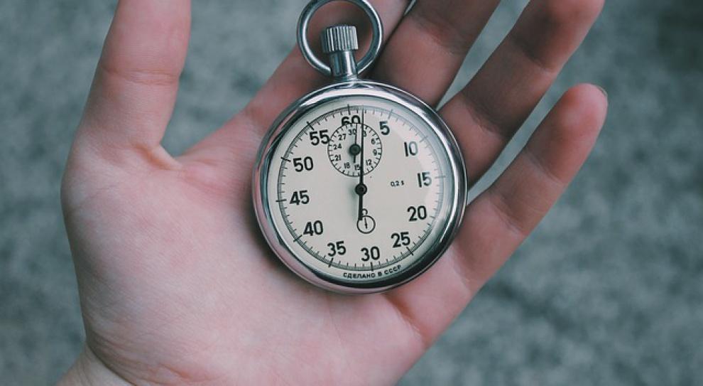 Polacy pracują 8 godzin dziennie?