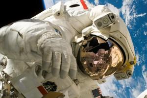 Przemysł kosmiczny potrzebuje wykwalifikowanych pracowników