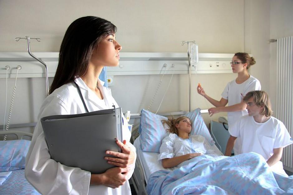 Pielęgniarki tracą pieniądze przez błędy eWUŚ