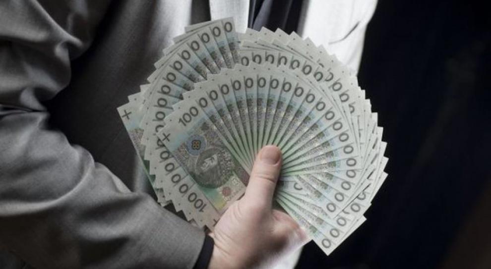 W pierwszym kwartale 2015 r. średnia płaca przekroczyła 4 tys. zł