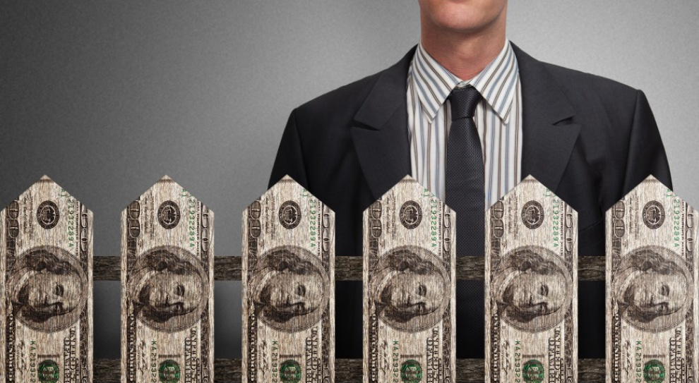 Prezesi banków Pekao, BPH i ING najlepiej opłacani