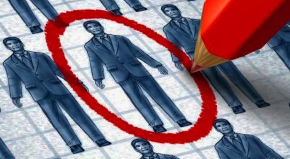 Lepiej rekrutować samemu czy przez agencję zatrudnienia?