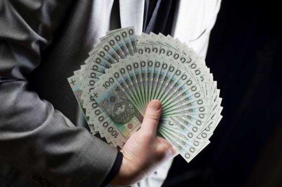 1850 zł - tyle miałaby wynieść płaca minimalna w 2016 r.