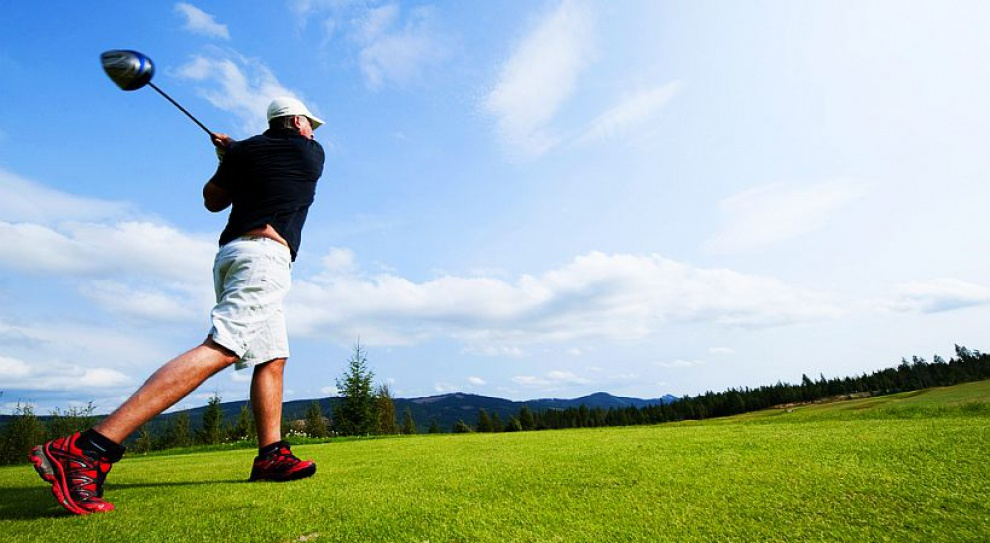 Gra w golfa pomaga nawiązać i rozwijać biznesowe znajomości