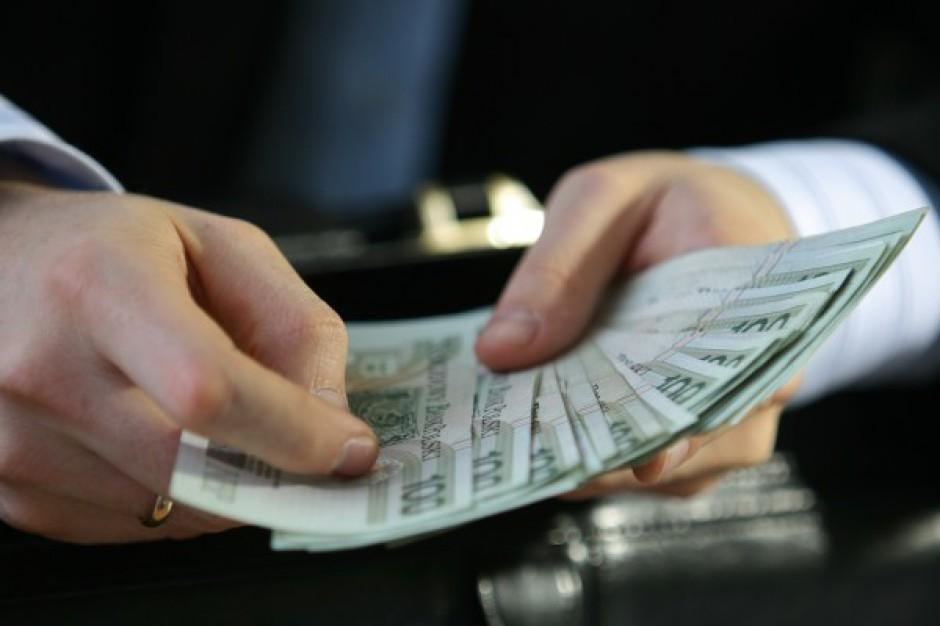 Płaca minimalna w budżetówce: Wg SLD 2,5 tys. zł to minimum