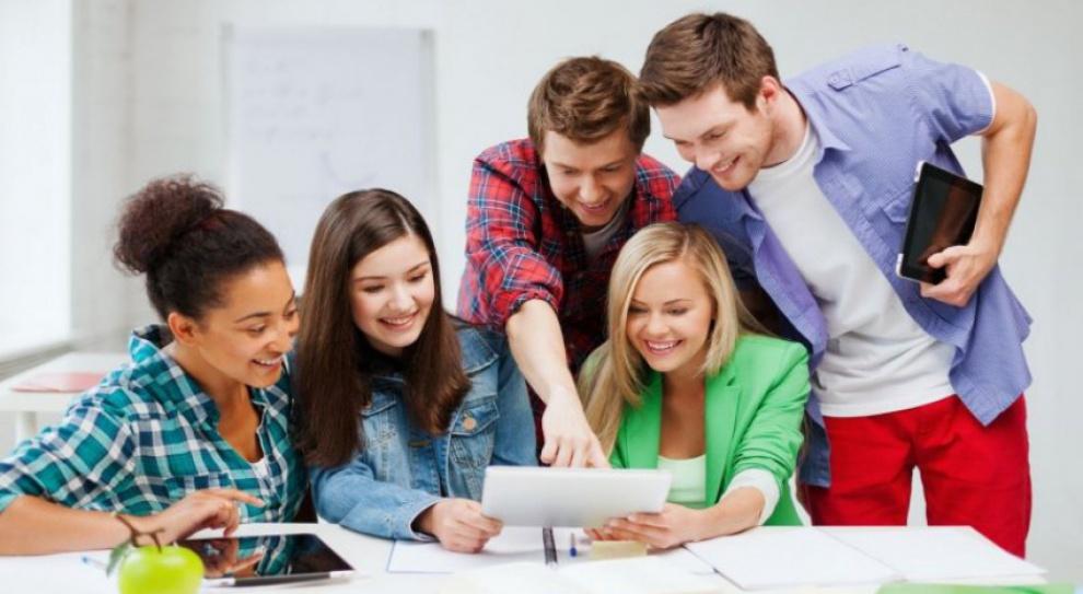Współpraca uczelni z miejscowymi pracodawcami przynosi korzyści obu stronom