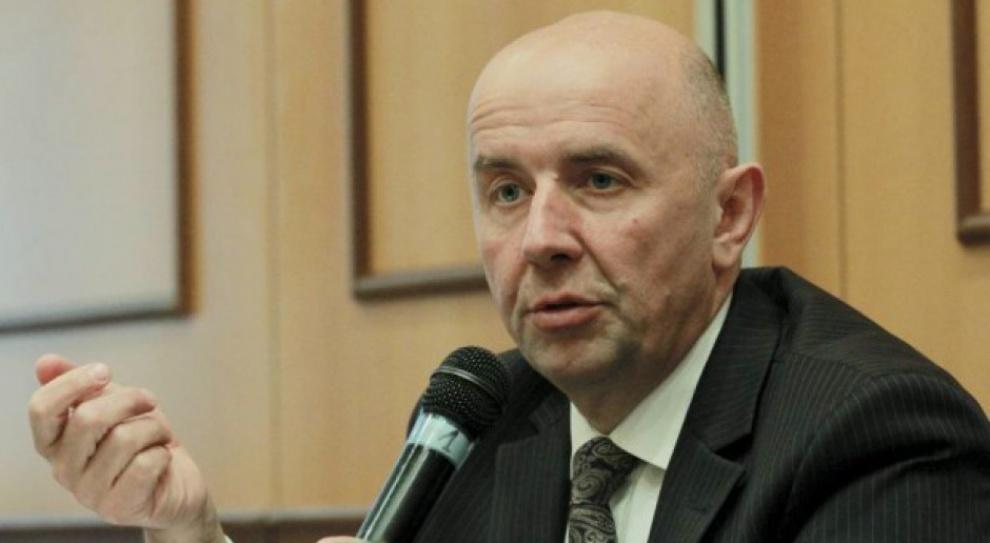 Cieślukowski: 900 mln zł na podwyżki dla pielęgniarek i położnych