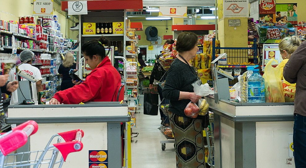 PIP sprawdzi czy hipermarkety zawierają umowy terminowe