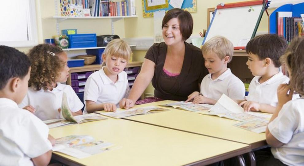 ZNP domaga się podwyżek wynagrodzeń nauczycieli o 10 proc.