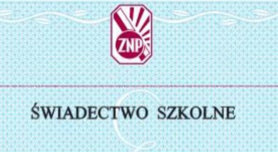 Świadectwo od ZNP: Kluzik-Rostkowska nie szanuje zawodu nauczycieli