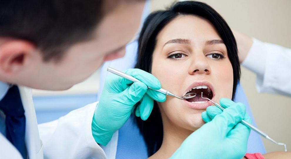 Studentów stomatologii czeka w Polsce bezrobocie?