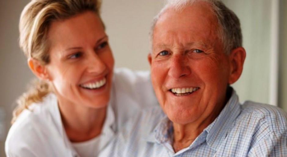 Warto przeliczyć świadczenie emerytalne. Można zwiększyć emeryturę