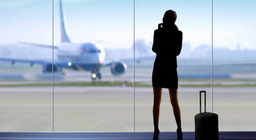 Młodzi planują emigrację. Wolą pracować w zagranicznych firmach