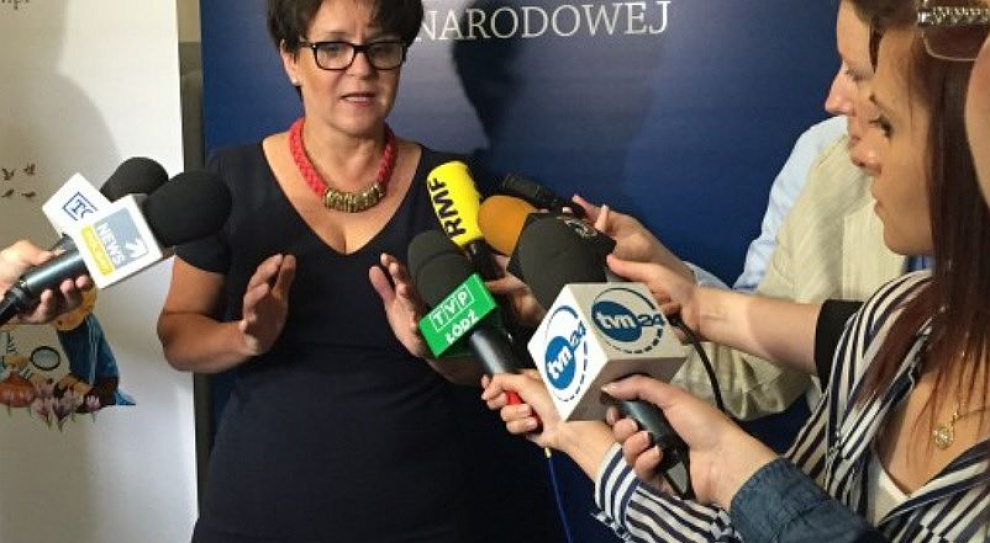 Kluzik-Rostkowska zaprasza związkowców: Chce powołać ministerialno-związkowe zespoły do spraw oświaty
