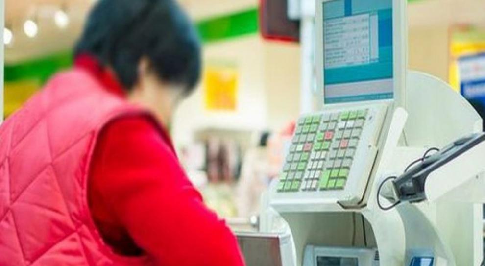 Większość miejsc pracy w handlu tworzą polskie sieci detaliczne oraz małe niezależne placówki