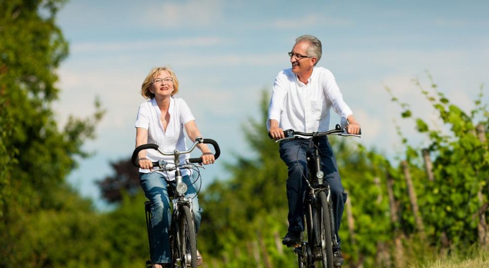 Łaszek: Obniżenie wieku emerytalnego byłoby bardzo niekorzystnym ruchem