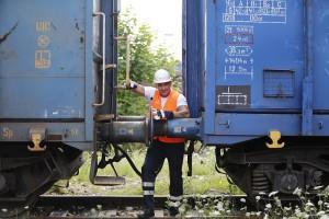 Przemek Saleta próbuje swoich sił w PKP Cargo