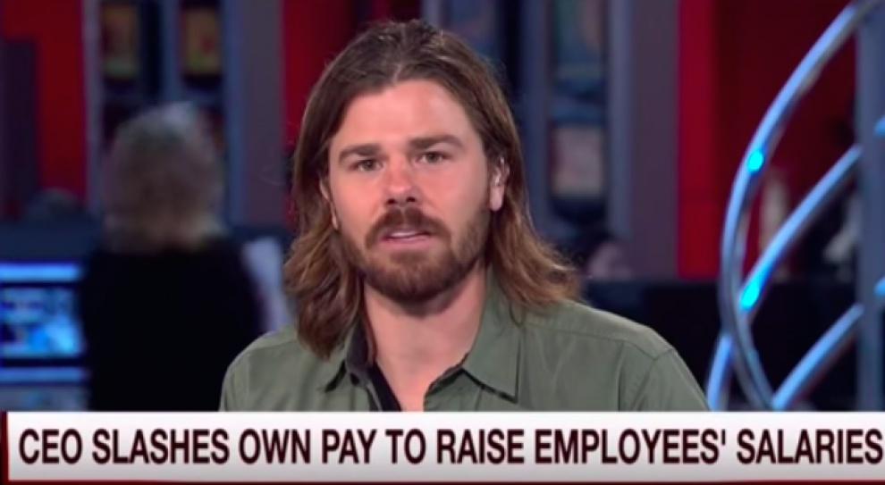 Szef Gravity Payments, Dan Price, podnosi wynagrodzenie pracowników kosztem własnego