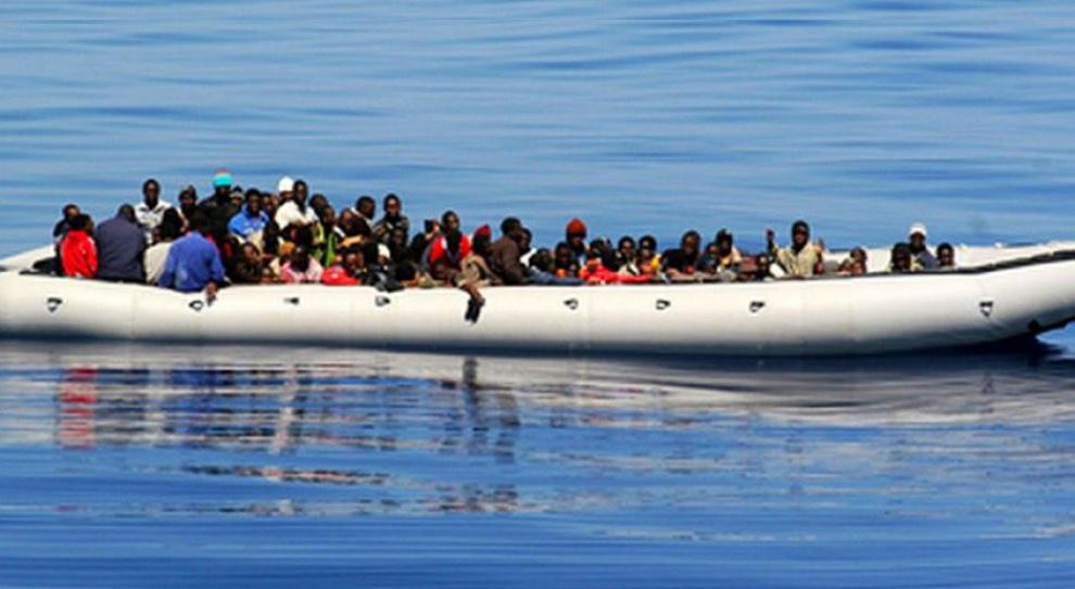 Nielegalni imigranci zalewają państwa Unii Europejskiej