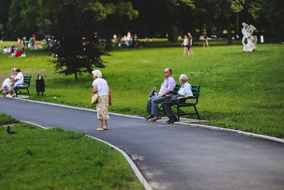 Polacy mogą dostać mniejsze emerytury. Przez rozporządzenie ministra