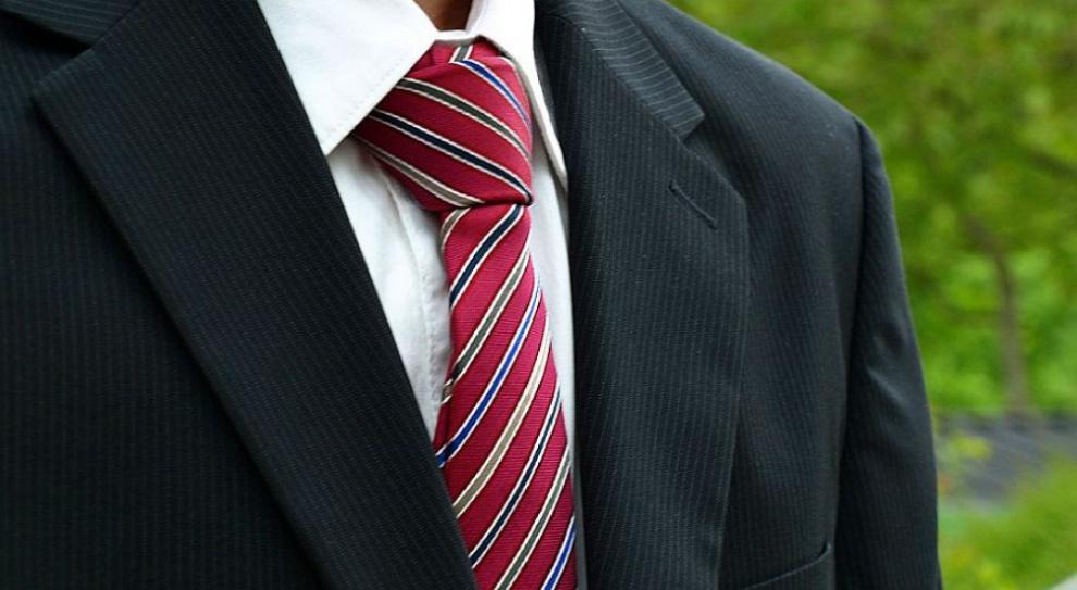 Pensje dyrektorów do spraw administracyjnych: Nawet 30tys.złmiesięcznie