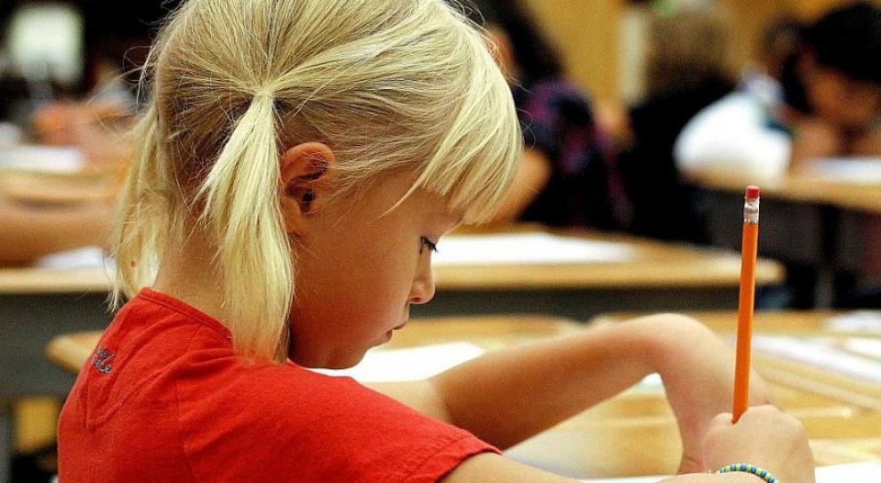 Powrót do obowiązku szkolnego 7-latków? MEN: Pracę straciłoby kilkanaście tysięcy nauczycieli